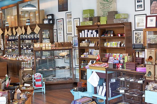 Mon Aimee Store Inside