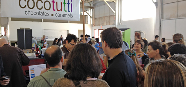 CocoTutti Crowd