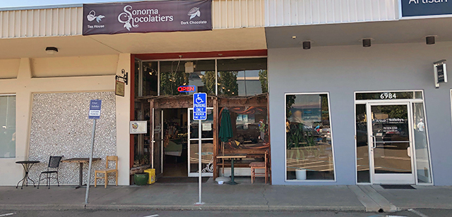 Sonoma Chocolatiers Outside